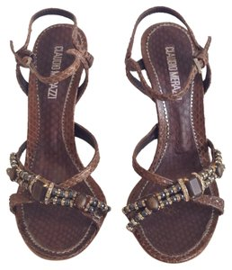 0a488b0ad878a Shoes - Up to 90% off at Tradesy