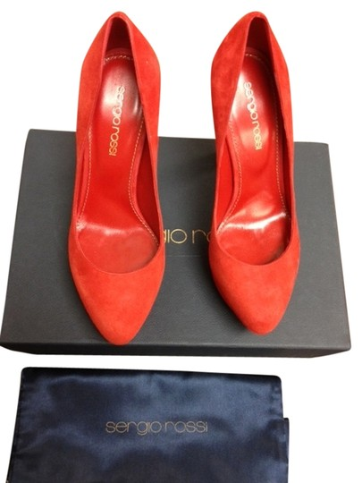 Preload https://item5.tradesy.com/images/sergio-rossi-red-pumps-size-us-5-1483534-0-0.jpg?width=440&height=440