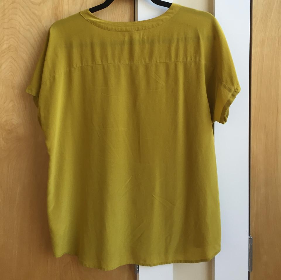 8703811d4cf471 Broadway   Broome Green Silk Madewell Tee Top Chartreuse Image 3. 1234. 1 ∕  4