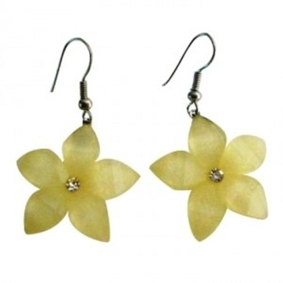 Cream Gift Item Holidays Sale Pale Yellow Flower Earrings Tradesy