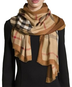 Burberry Burberry Haymarket Colour Border Scarf