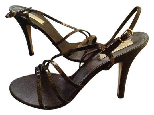 Preload https://item5.tradesy.com/images/michael-kors-brown-new-and-unworn-with-dust-bag-formal-shoes-size-us-9-regular-m-b-1483759-0-0.jpg?width=440&height=440