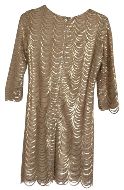 Item - Minuet Gold Scalloped Sequined Body-con Dress