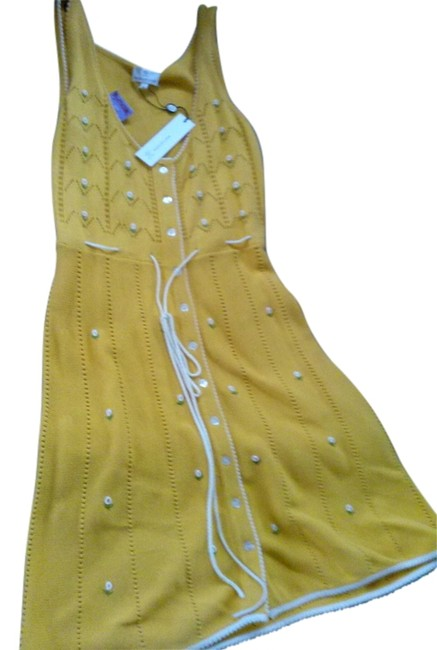 Item - Yellow Knitted Mid-length Cocktail Dress Size 12 (L)