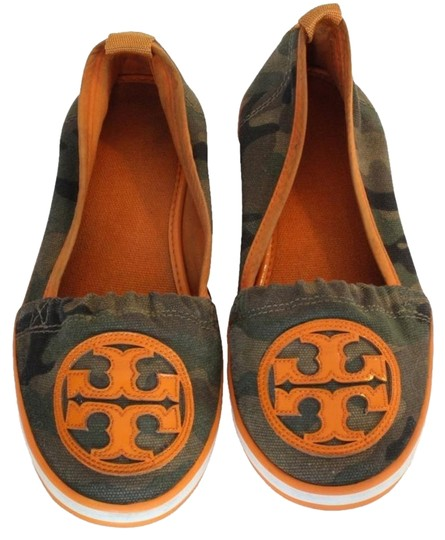 Preload https://item3.tradesy.com/images/tory-burch-brown-orange-limited-edition-camouflage-canvas-beach-flats-size-us-55-regular-m-b-14840122-0-3.jpg?width=440&height=440