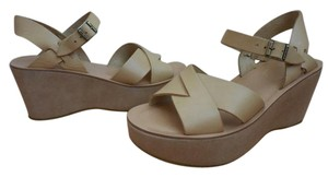 Kork-Ease Sandals 8 Tan Wedges