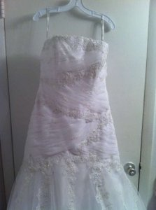 Alfred Angelo White/Silver Net Over Satin 2083 Modern Wedding Dress Size 14 (L)