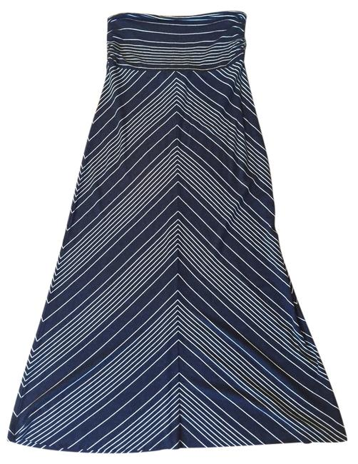 Item - Navy and White With Geometric Print Skirt Size 0 (XS, 25)