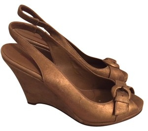 Banana Republic Wedge Gold Wedges