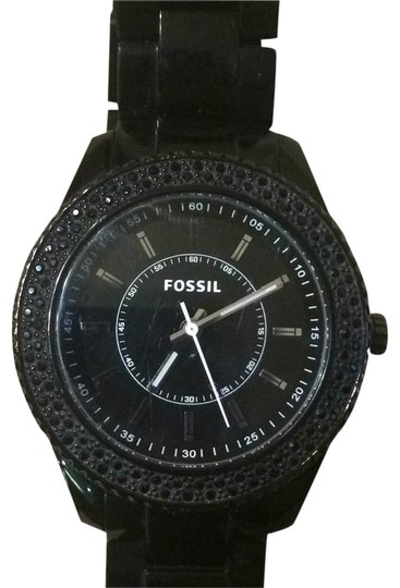 Preload https://item1.tradesy.com/images/fossil-black-watch-14844175-0-3.jpg?width=440&height=440