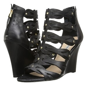 Guess Wede Black Wedges