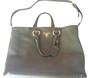 Prada Vitello Daino Leather Large Tote in Green