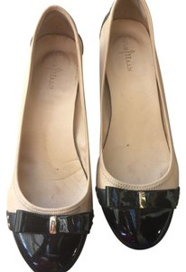Cole Haan Bows Beige Beige/Black Patent Leather Wedges
