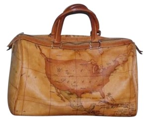 Alviero Martini 1a Classe Geo Classic Map Usa Satchel in Tan