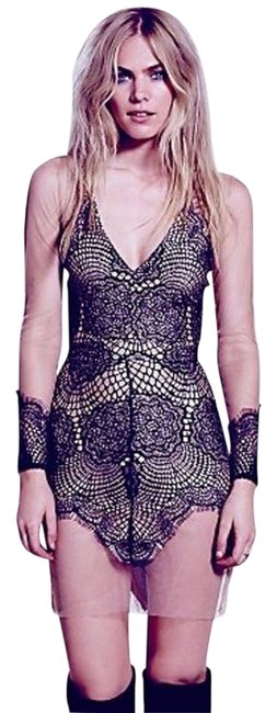 Preload https://item5.tradesy.com/images/free-people-mini-cocktail-dress-size-2-xs-14847229-0-1.jpg?width=400&height=650