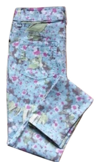 Preload https://img-static.tradesy.com/item/1484758/faded-glory-light-wash-floral-jeggings-size-27-4-s-0-0-650-650.jpg