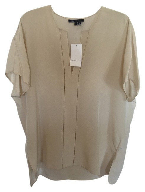 Preload https://item2.tradesy.com/images/vince-silk-blouse-size-6-s-14847586-0-1.jpg?width=400&height=650