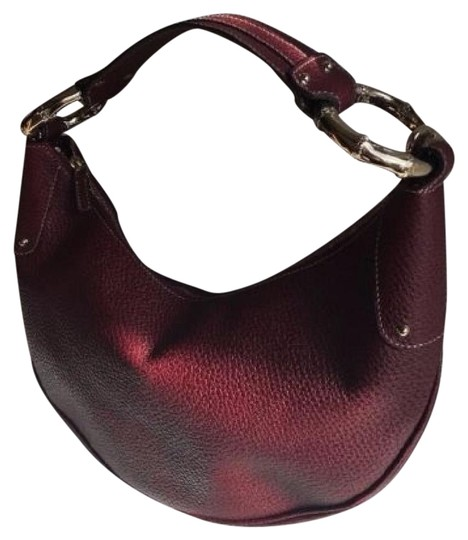 Preload https://item1.tradesy.com/images/gucci-bamboo-ring-half-moon-hand-purse-burgundy-pebbled-leather-hobo-bag-14850505-0-3.jpg?width=440&height=440