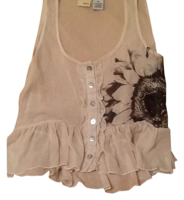 Preload https://item5.tradesy.com/images/daytrip-tank-topcami-size-8-m-14851144-0-1.jpg?width=400&height=650