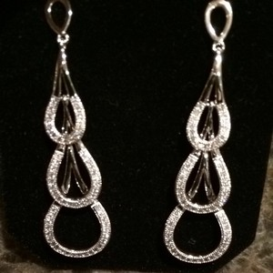9.2.5 Sterling Silver Hanging CZ Earrings