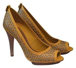 Tory Burch Yellow/Natural Platforms