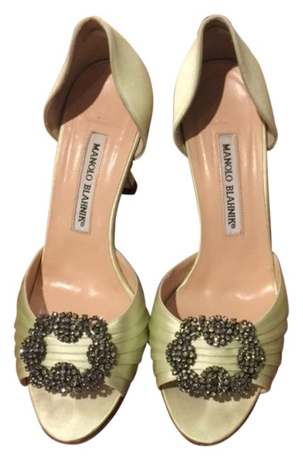 Item - Mint Green with Jeweled Brooch For Carolina Herrera Formal Shoes Size US 7.5