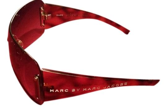 Preload https://item3.tradesy.com/images/marc-jacobs-brown-gradient-with-tortoiseshell-arms-by-shield-sunglasses-1485397-0-0.jpg?width=440&height=440