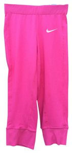 Nike Dri fit pink cropped Capri workout leggings