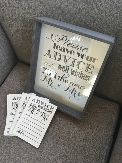 Preload https://img-static.tradesy.com/item/14856451/gray-black-and-silver-advice-well-wishes-set-reception-decoration-0-0-540-540.jpg