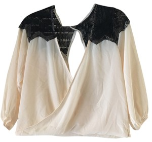 Nasty Gal Top Cream and black lace