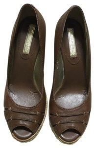 Banana Republic Chestnut Wedges