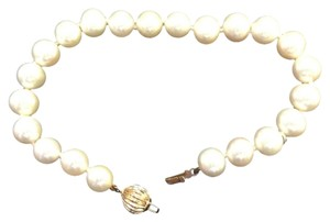 Beautiful Akoya High Luster Pearl Bracelet with 14k gold clasp