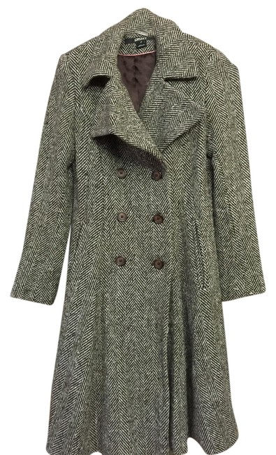 Preload https://img-static.tradesy.com/item/1485988/dkny-brownwhite-double-breasted-coat-size-2-xs-0-0-650-650.jpg