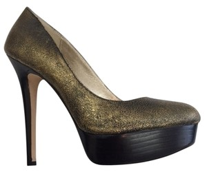 ZIGIny High Platform gold Pumps