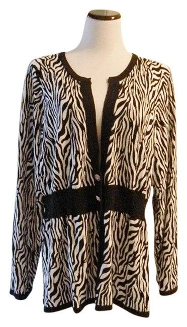 Preload https://img-static.tradesy.com/item/1486049/black-and-white-designer-zebra-animal-print-cardigan-sweaterpullover-size-26-plus-3x-0-2-650-650.jpg