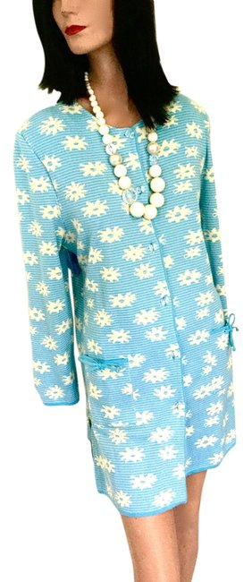 Preload https://item4.tradesy.com/images/blue-and-ivory-italian-lucite-buttons-front-pockets-with-bow-ties-new-above-knee-workoffice-dress-si-14860558-0-2.jpg?width=400&height=650