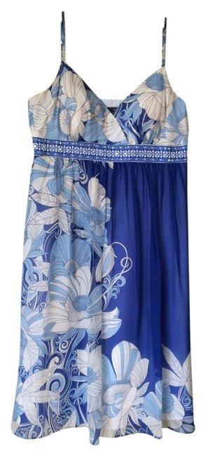 Preload https://item1.tradesy.com/images/muse-bluewhite-no-knee-length-cocktail-dress-size-6-s-14860945-0-1.jpg?width=400&height=650