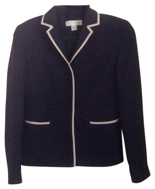 Preload https://item1.tradesy.com/images/petite-sophisticate-navy-with-cream-trim-blazer-size-0-xs-14861575-0-1.jpg?width=400&height=650