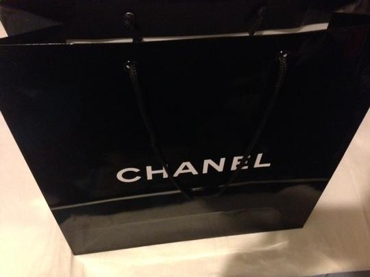 Chanel Chanel medium shiny black Paper Shopping Bag 13X13X5