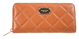 Michael Kors Michael Kors Hamilton Quilted Continental Wallet Brown
