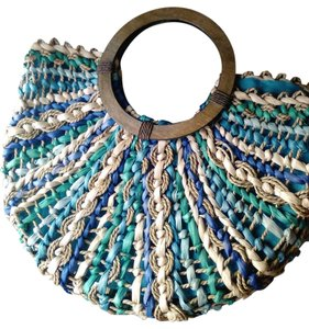 Charming Charlie Wooden Round Handles Multi greens and blues Beach Bag