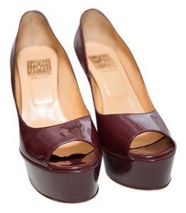 Pour La Victoire Woman's Size 6 New Floor Model Woman's Size 6 New Floor Model Woman's Woman's Size 6 Classics Patent Of Burgandy Pumps