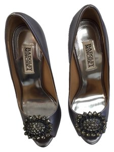Badgley Mischka Peep Tope pewter Pumps