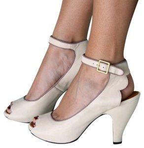 Chie Mihara Retro Romantic Comfortable Cream leather Platforms