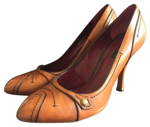 Louis Vuitton Cognac Pumps