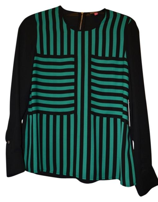 Preload https://item3.tradesy.com/images/vince-camuto-blackgreen-blouse-size-2-xs-14868922-0-1.jpg?width=400&height=650
