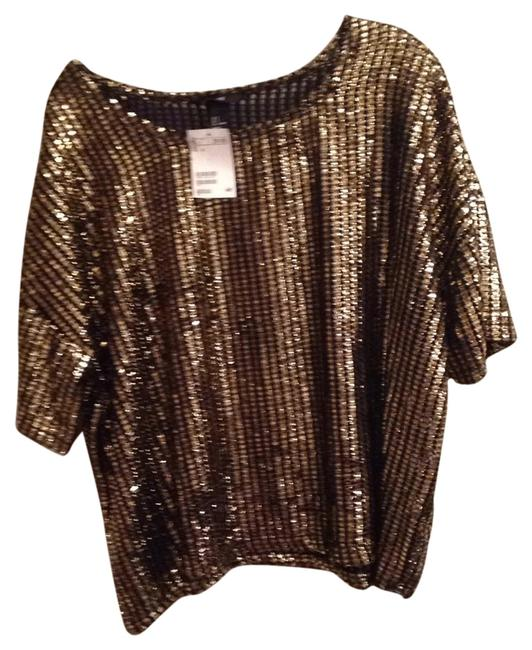 Preload https://img-static.tradesy.com/item/14869171/h-and-m-black-and-gold-tunic-size-6-s-0-2-650-650.jpg