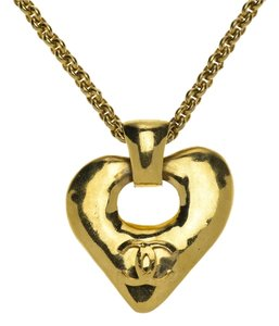 Chanel Chanel Vintage Gold Heart Necklace