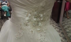 Maggie Sottero Ivory/Pewter Valencia Organza Satin Lace Isadora Maire Feminine Wedding Dress Size 8 (M)
