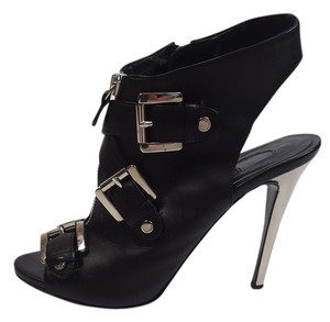 Le Silla Leather Hardware Black and Silver Sandals